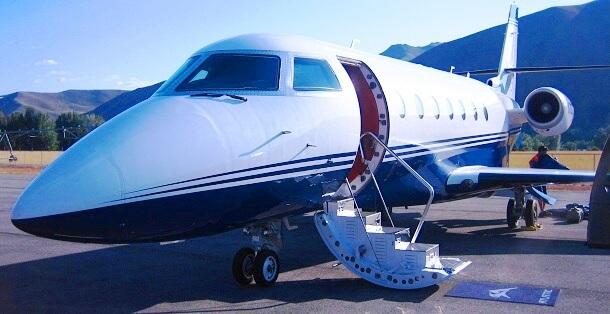 Privatflugzeug-fligen-c-Anja-Knorr