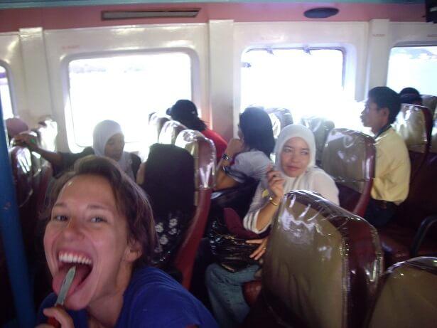 Taschenmesser Indonesien (c) happybackpacker.e