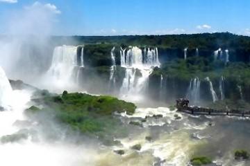 Iguazu-Wasserfälle-Brasilien-c-Anja-Knorr
