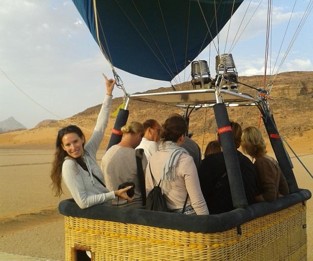 Heißluftballon Wüste Jordanien (c) Anja Knorr