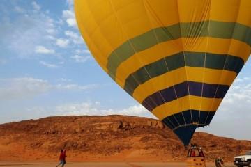 Heißluftballon-Jordanien-c-Anja-Knorr