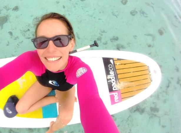 Muri Lagoon Cookinseln SUP girl
