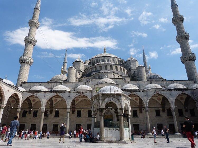 Istanbul Blaue Moschee (c) Happybackpacker (4)