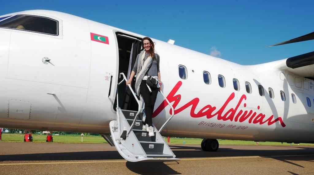Malediven Backpacking Flugzeug